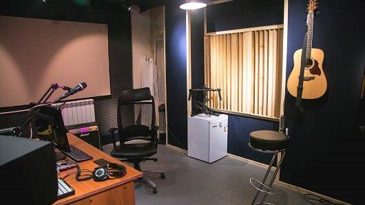 Общий план студии звукозаписи