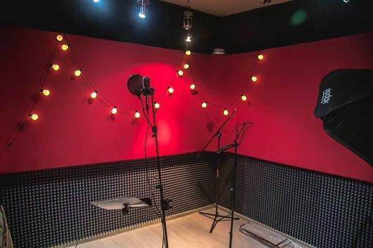 комната для записи вокала